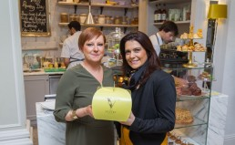 Vestry Branded cake box